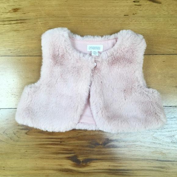 Gymboree Other - NWT Gymboree Baby Faux Fur Plush Vest